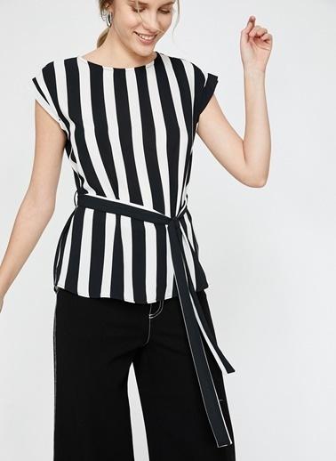 Koton Koton Siyah Beyaz Çizgili Bluz Siyah